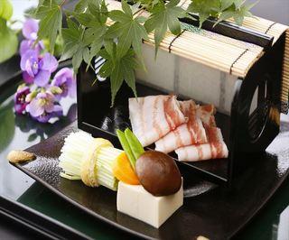 【九州ありがとうキャンペーン】50歳〜の大人の休日『お部屋食』プラン『1室1枚¥1500利用券付♪』