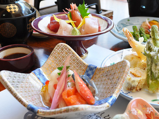 現金特価【夕・朝食2食付】★ちょっと軽めに★おまかせ膳プラン