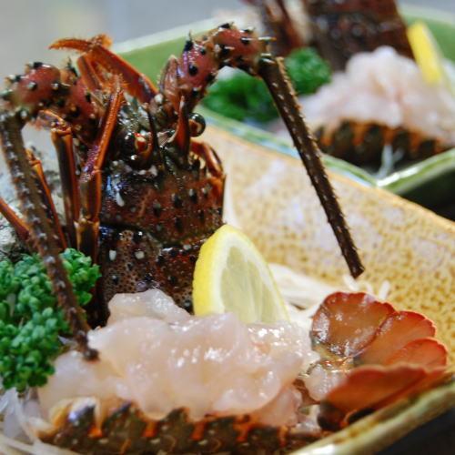 《一番人気!》伊勢海老アワビ付◆さらに金目鯛の煮付け丸ごと一匹!プレミアムコース★貸切温泉無料