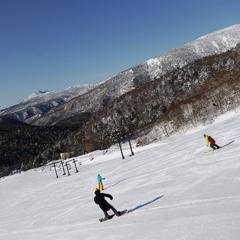 【スキーパック】リフト1日券(こどもリフト券無料)朝食付き