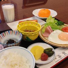 【期間限定セール】★コンビニ徒歩1分&温泉完備!朝食付き