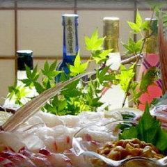 【大島グルメ・10500円】お魚大好き♪旬魚の板盛りをメインに、壱岐牛&鮑も堪能★