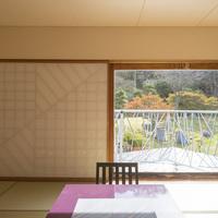 日本庭園が見える和室【8畳〜12畳】