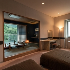 【和洋室・禁煙】角部屋/洋室+和室6畳/バス付 <広々空間>