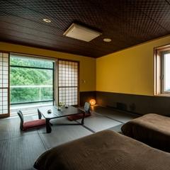 【半露天風呂付客室・禁煙】角部屋/和室ベッドルーム10畳