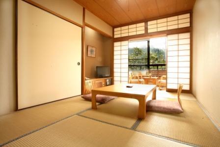 【春得】黒川温泉の中心地に泊って露天風呂めぐり満喫♪素泊まりプラン