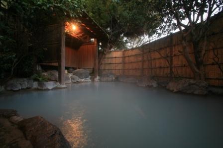 【楽天限定】黒川温泉に泊ろう♪量より質!馬刺しもお楽しみ♪創作会席☆部屋食プラン