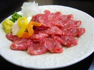 【秋得】熊本といえばコレ!名物 『馬刺&肥後牛』特盛り!ジューシー肉肉♪黒川で食す!部屋食満腹プラン