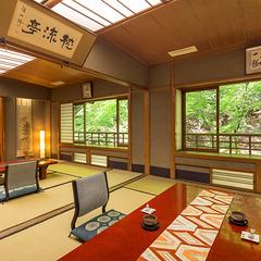 ◆広々和室◆ご家族でゆったり、10畳2間【バス・トイレ無】