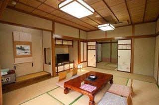和室12+4.5畳(2間)・トイレ付【改装室】