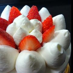 【2つのホールケーキから選ぶ♪】お誕生日や結婚記念日など大切な記念日にアニバーサリープラン♪