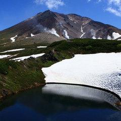 【早割30】シーズン到来!!【旭岳ロープウェイ往復券付き】体感!大雪山の大パノラマ