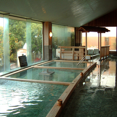 ウェルカムスイーツ&ドリンクで心和むひとときを☆種類豊富なお風呂が楽しめる天然温泉入場券付