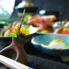 新鮮な魚貝を炭火焼きで味わう!「炭焼き会席プラン」