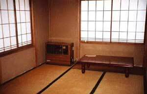 【現金特価】素泊り(税込 2000円)持込OK!和室8畳