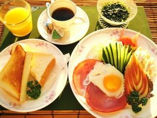 お部屋でできたて夕食弁当+朝食付プラン