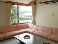 コテージN棟(10畳2間+4ベッド+リビング/138平米)