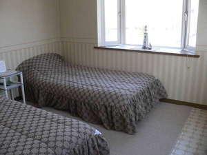 ■全館レディース限定 全室禁煙■ 独立ベッドで睡眠特化