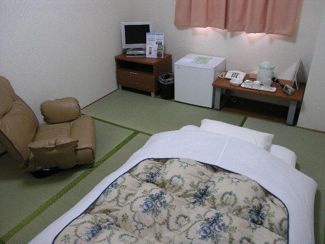 【シングル素泊まり 】全室バス・トイレ付 お部屋は6畳の広さ