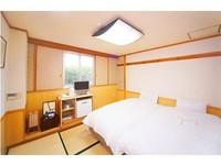 喫煙和室ベッドルーム(6畳)
