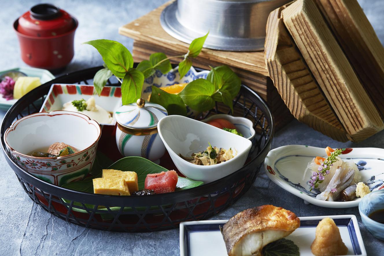 【朝食付】 自慢の和朝食&温泉満喫