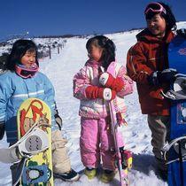 【令和初冬タイムセール】通常価格の6000円引!温泉で寛ぎ派とスキー派が其々楽しむ休日♪ゲレンデ0分