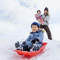 【リフト券・2食付】お子様にうれしい☆ジュース&アイス他おかわり自由!ファミリー大皿料理付 雪遊びP