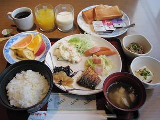 朝食付きシングル(現金特価)