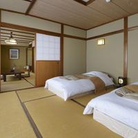"""【和ベッド""""やすらぎ""""の間〜3階和ベッド付和室10〜14畳】"""