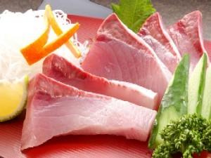 これは旨い!能登の絶品三昧☆海鮮シャブシャブ三種盛り☆ズワイガニ・能登鰤&たこしゃぶを食べ比べ♪