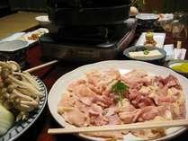 水炊きかすき焼きが選べる「大和肉鶏鍋」