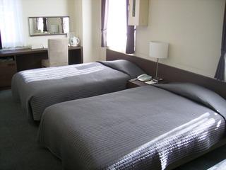ビジネスホテル エンブレム