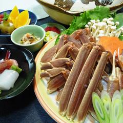 【かにメガ盛!蟹すき鍋】蟹たっぷり♪〆は旨味たっぷり雑炊♪「平日はお造り2種盛りの特典付き」