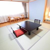 ◆禁煙|畳が落ち着く★和室8帖(最大4名様 宿泊可能)