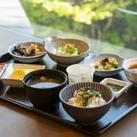 ◇【朝食付プラン】勝山ニューホテルスタンダードプラン〜広々ツインルームでゆったり