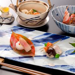 【平日限定】和懐石1ランクグレードアッププラン(お部屋食の特典付き)