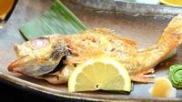 ■カップル・ご夫婦■【黒毛和牛ステーキ】と【高級魚のどぐろ】のメインをお二人別々で♪(2食付)