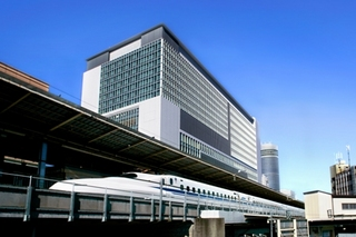 【東日本限定セール】〇新横浜駅直上!アクセス抜群!スタイリッシュステイ(朝食付)