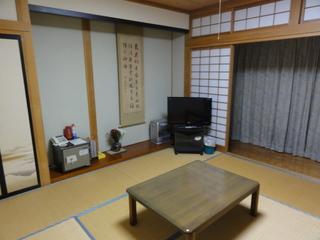 甲斐駒、鳳凰三山、が描ける有名画家滞在の部屋