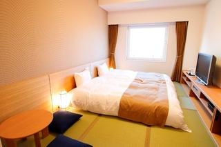☆禁煙【和室】和ベッド完備!畳敷き21平米!(最大3名)
