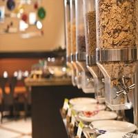 【現地決済OK】沖縄料理も楽しめる!ホテル自慢の朝食ビュッフェ!シンプルステイ(朝食付)