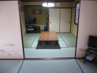 和室14畳 (8畳+6畳)