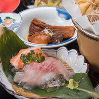 【あたらしい利き酒】料理長が贈る 極みの山菜料理と日本酒のコラボレーション