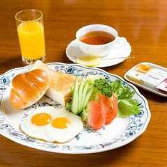 【プラザ イン】カフェで朝食付き リーズナブルに箱根ステイ 自慢の温泉「美肌の湯」を満喫♪