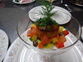【GW:1泊2食付き】 旬魚の鯛と柔らか牛フィレ肉…!フルコースディナーと緑豊かな高原の春を楽しむ