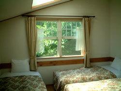 ツインルーム ホテルサイズベッド