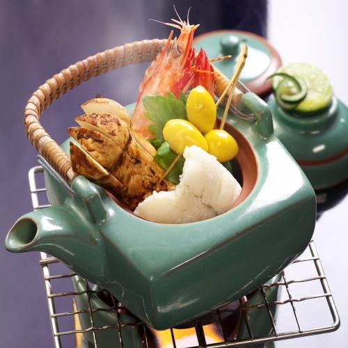【秋の味覚会席プラン】松茸などの旬の食材を使用したお料理に舌鼓み