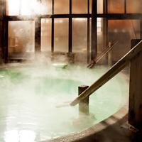 《西の河原露天風呂入浴チケット付》奈良屋の白旗源泉と大自然に囲まれた露天風呂でゆったり温泉三昧