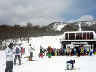 ★12/23〜【1泊2食付 スキー&スノボープラン】玄関から滑って往復!(お得なリフト割引有ります)