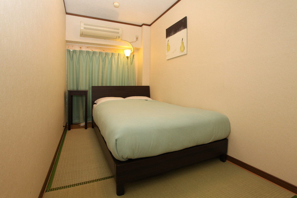 Main Building Standard Semi-Double Room with Breakfast